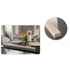 Séparateurs de table en acrylique et support bois.
