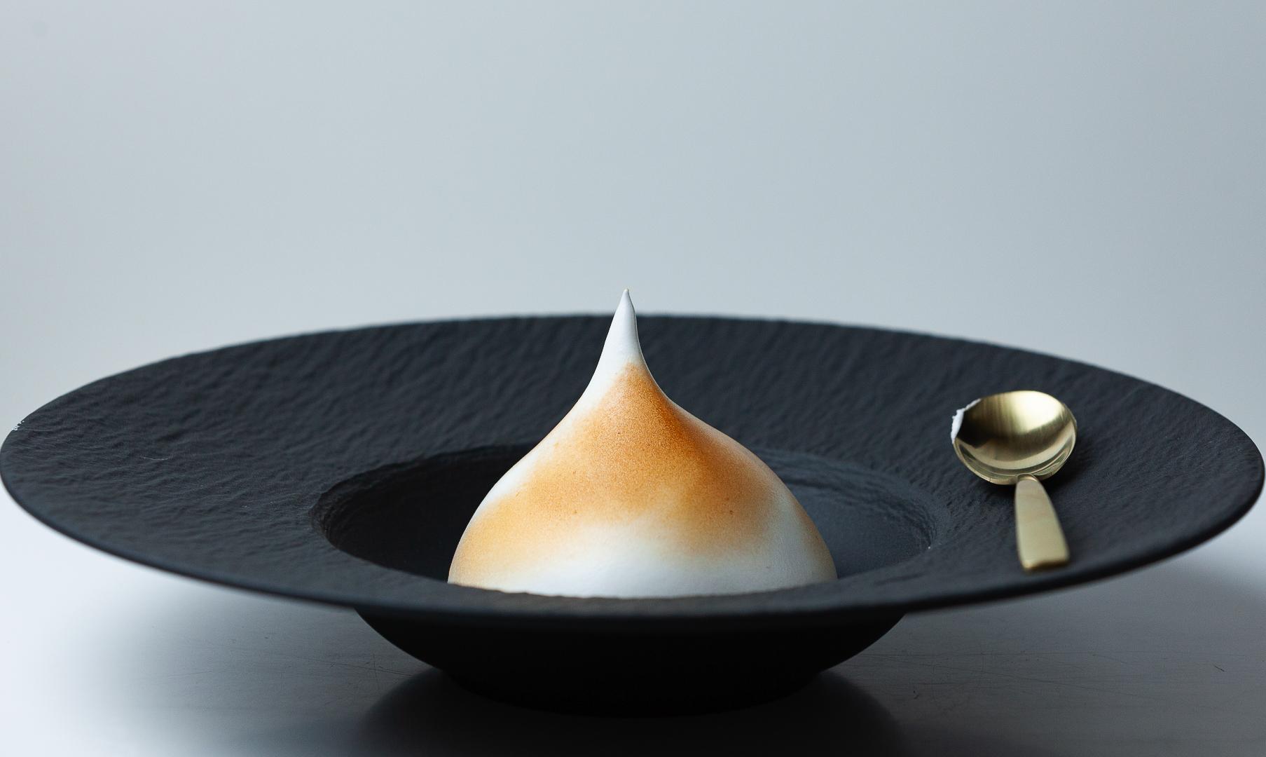 omellette-norvegienne-une-glace-a-paris-assiette-guy-degrenne
